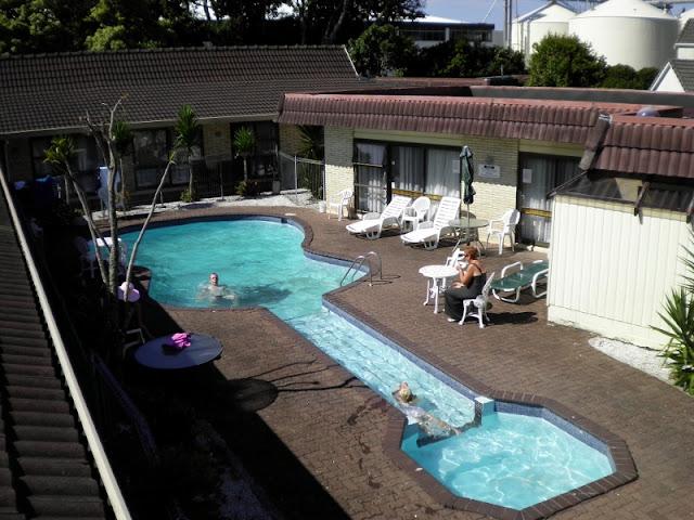 Guitar Shaped Swimming Pool Guitar Shaped Swimming Pool Guitar 2BShaped 2BSwimming 2BPool79