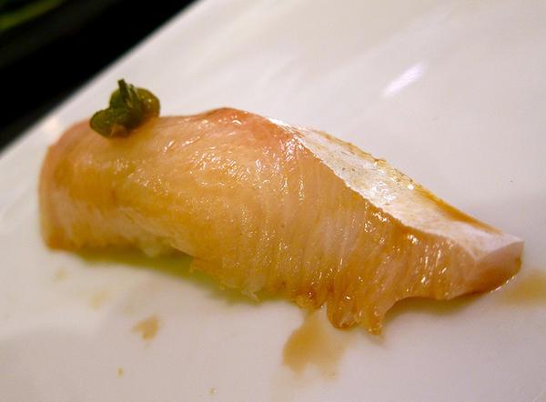 ซูชิปลาฮิระมาสะ (Hiramasa)
