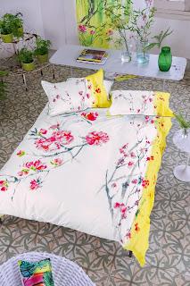 Oriental Flower Peoy de Designers Guild. Fundan nórdica y juego de sábanas