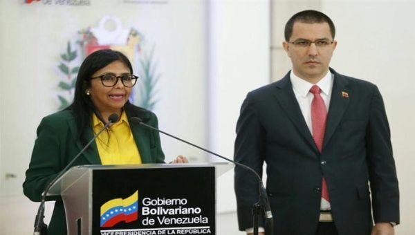 """Venezuela revela intereses de EE.UU. con la """"ayuda humanitaria"""""""