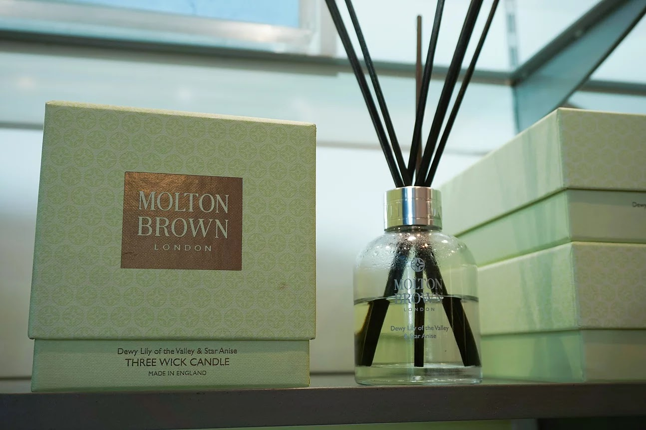 Molton Brown reed diffuser lily star anise