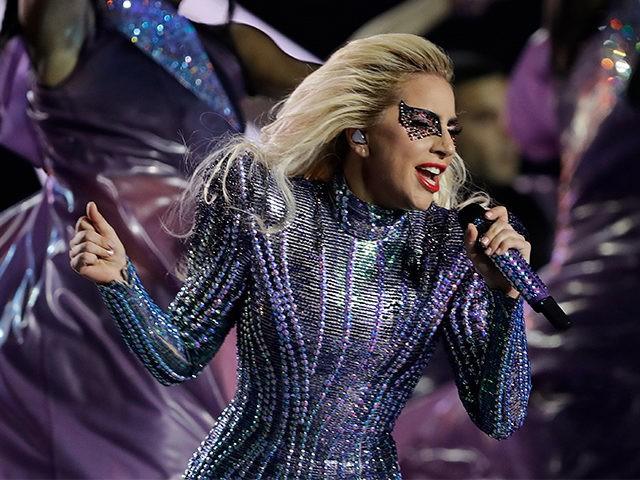 Lady Gaga brilló con su show de medio tiempo en el Super Bowl