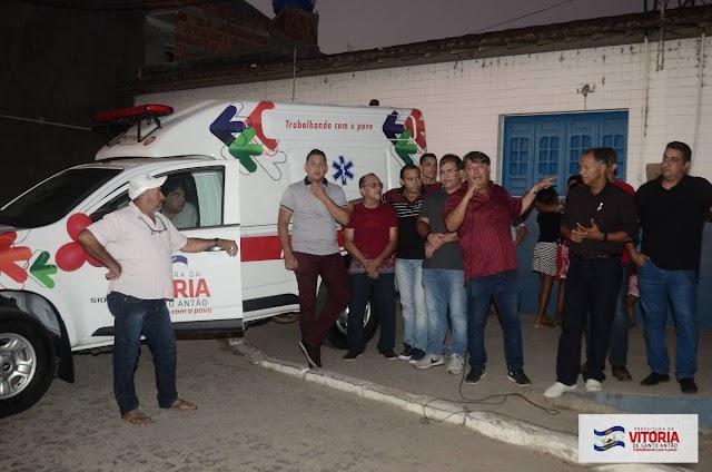 Prefeitura da Vitória entrega ambulância aos moradores do Distrito de Pirituba