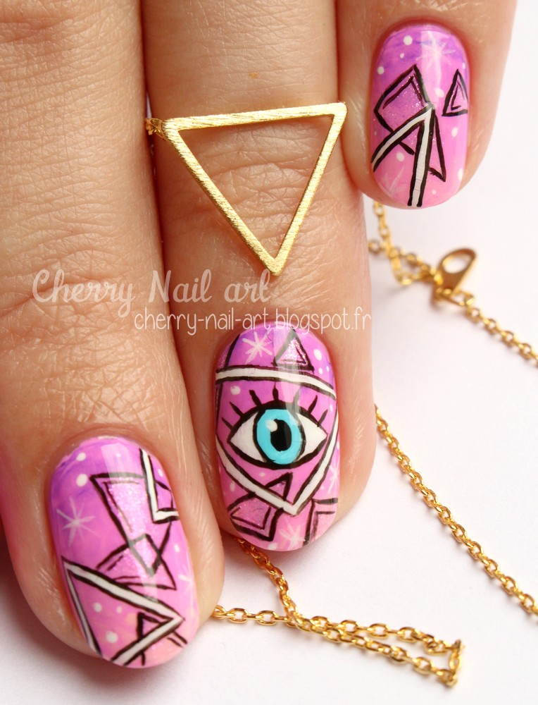 nail art esoterique galaxie triangles