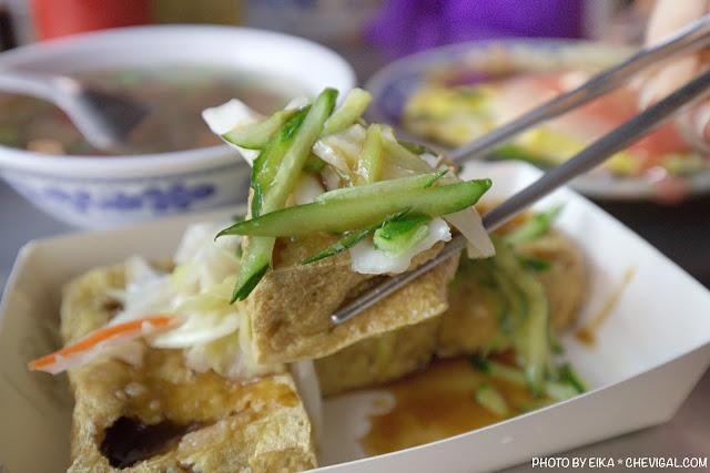 MG 0885 - 中華夜市臭豆腐蚵仔煎,還沒開攤就有客人在守候!營業至凌晨3點夜貓子最愛