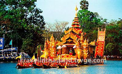 royal barge Burmese style
