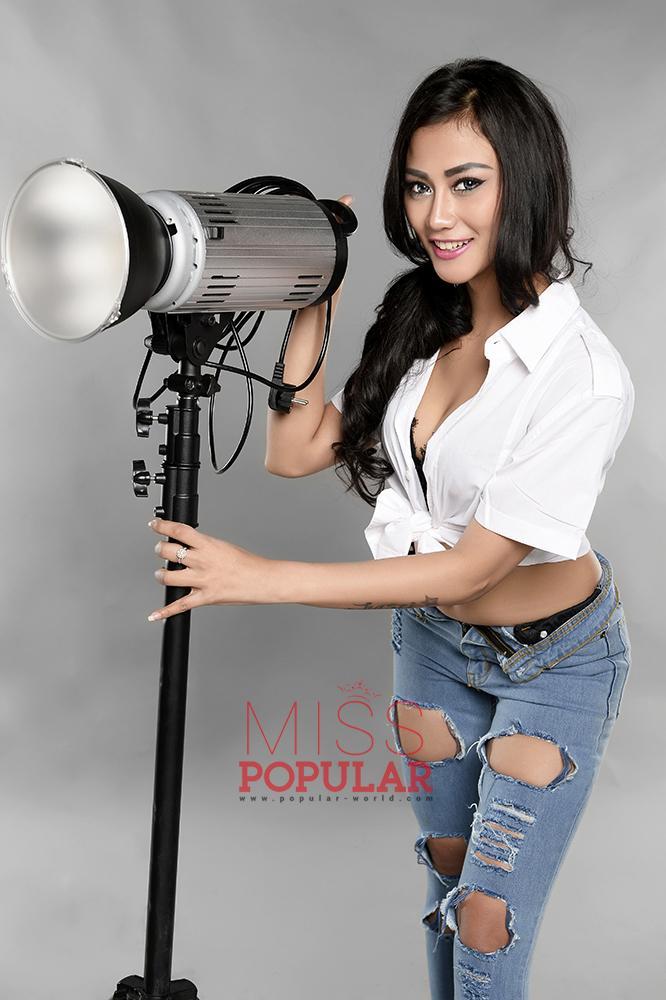 Photoshoot Model Marsya Kyotoo Miss Popular - Cantik Dan Kalem