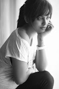 nandita swetha new photo shoot-thumbnail-4