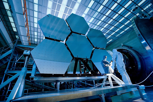 Telescopic Mirror Steel Engineering Technology HD Wallpaper