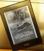 Cover von Star Trek Voyager 10, mit Voyager und Barclay