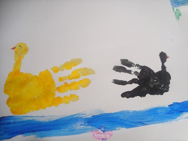Pintura com as mãos para crianças  patinhos