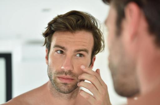 5 Produk Perawatan yang Perlu Dimiliki Pria