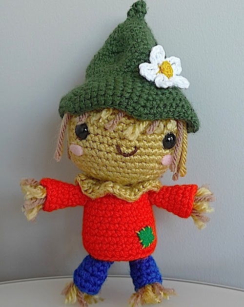 2000 Free Amigurumi Patterns Crochet A Scarecrow