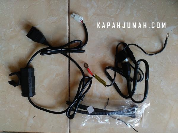 Pasang USB Charger Daytona pada New Vixion
