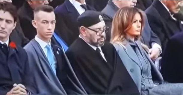 Ο βασιλιάς του Μαρόκου κοιμήθηκε στην ομιλία του Μακρόν – Το οργισμένο βλέμμα του Τραμπ