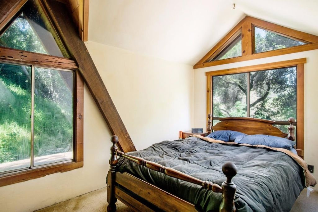 03-Architecture-with-the-Tiny-A-Frame-House-www-designstack-co