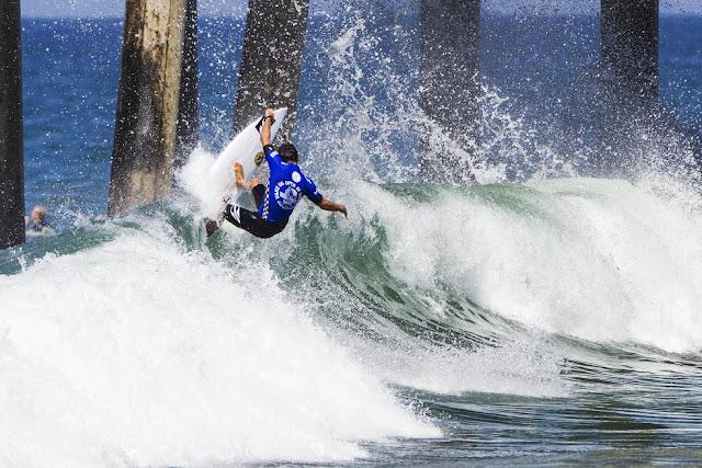 29 Alex Ribeiro Vans US Open of Surfing Foto WSL Sean Rowland
