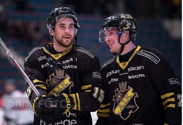 Aik korde over pantern