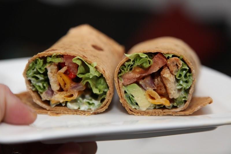 Healthy Chipotle Chicken Wrap Recipe