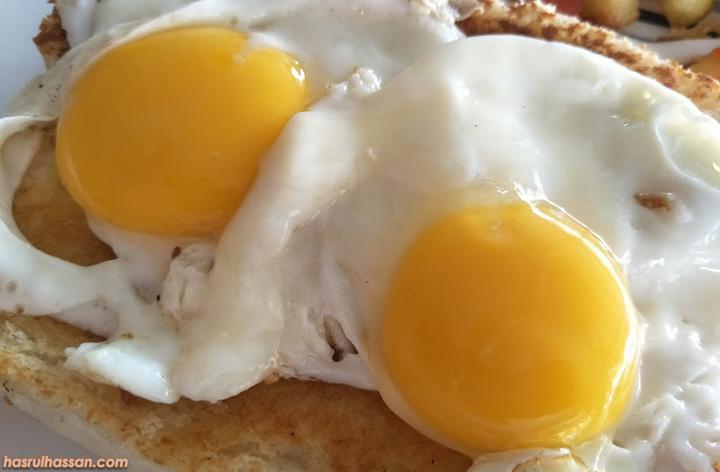 Roti Bakar Telur Goyang