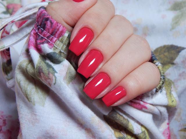 esmalte-rosa-escuro