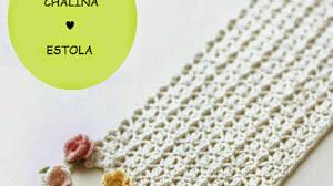 Chalina crochet con detalle de flores