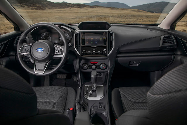 Interior view of 2017 Subaru Impreza 2.0i Premium