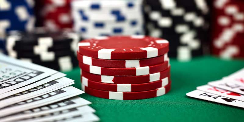 [Hình: 4-kieu-nguoi-choi-pho-bien-trong-game-poker-1.jpg]