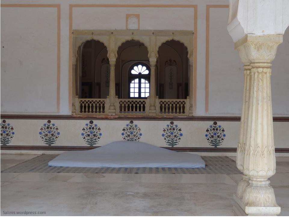Lakshmi Vilas - Marble Palace Jaigargh Fort - Jaipur Rajasthan India - Pick, Pack, Go
