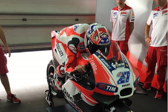 Stoner Siapkan Motor Untuk Lorenzo