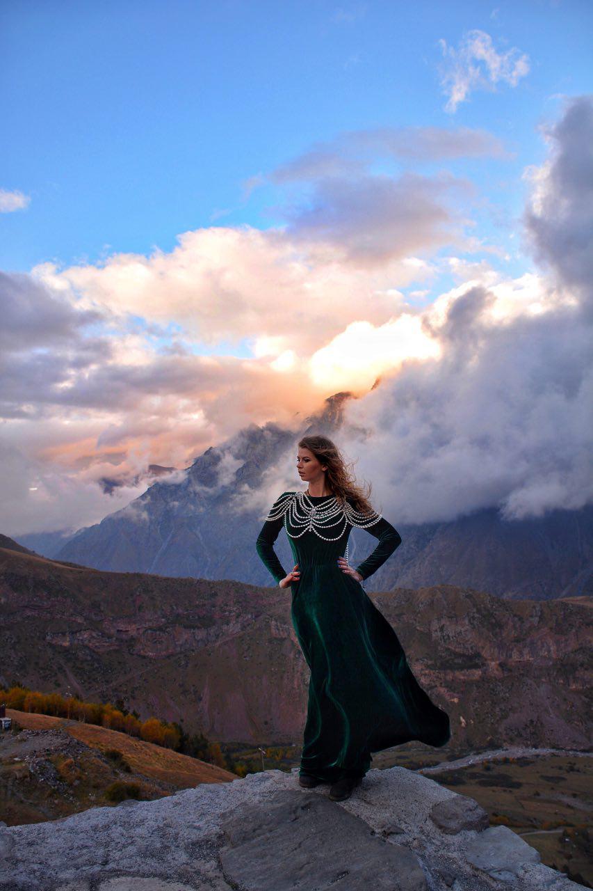 Фостосессия платье девушка в Грузии