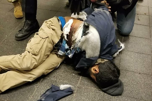 https://nypost.com/2017/12/11/explosion-reported-at-port-authority-bus-terminal/