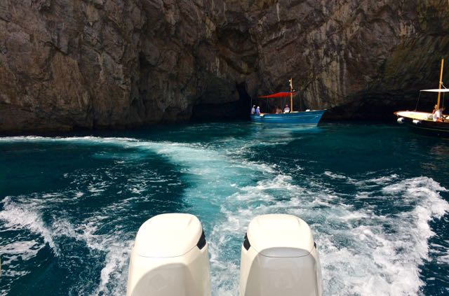 Private Boat Tour of Capri + Lunch