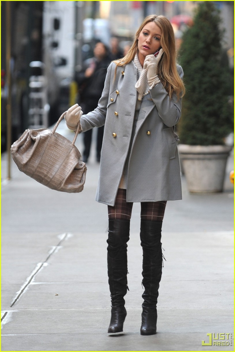 Fashion Gossip Seeing Stars This Fall Dolce Gabbana: Blake Lively Style!