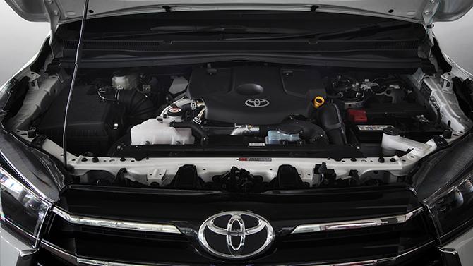 Kendaraan diperiksa pihak inspeksi