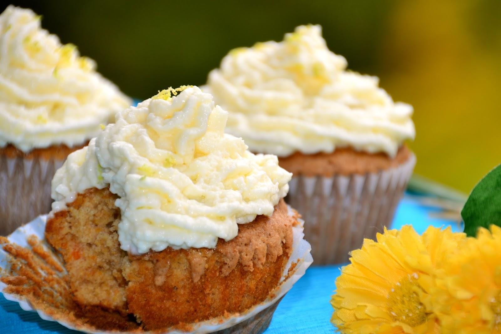 Cupcakes de zanahoria bajos en grasa y azúcar