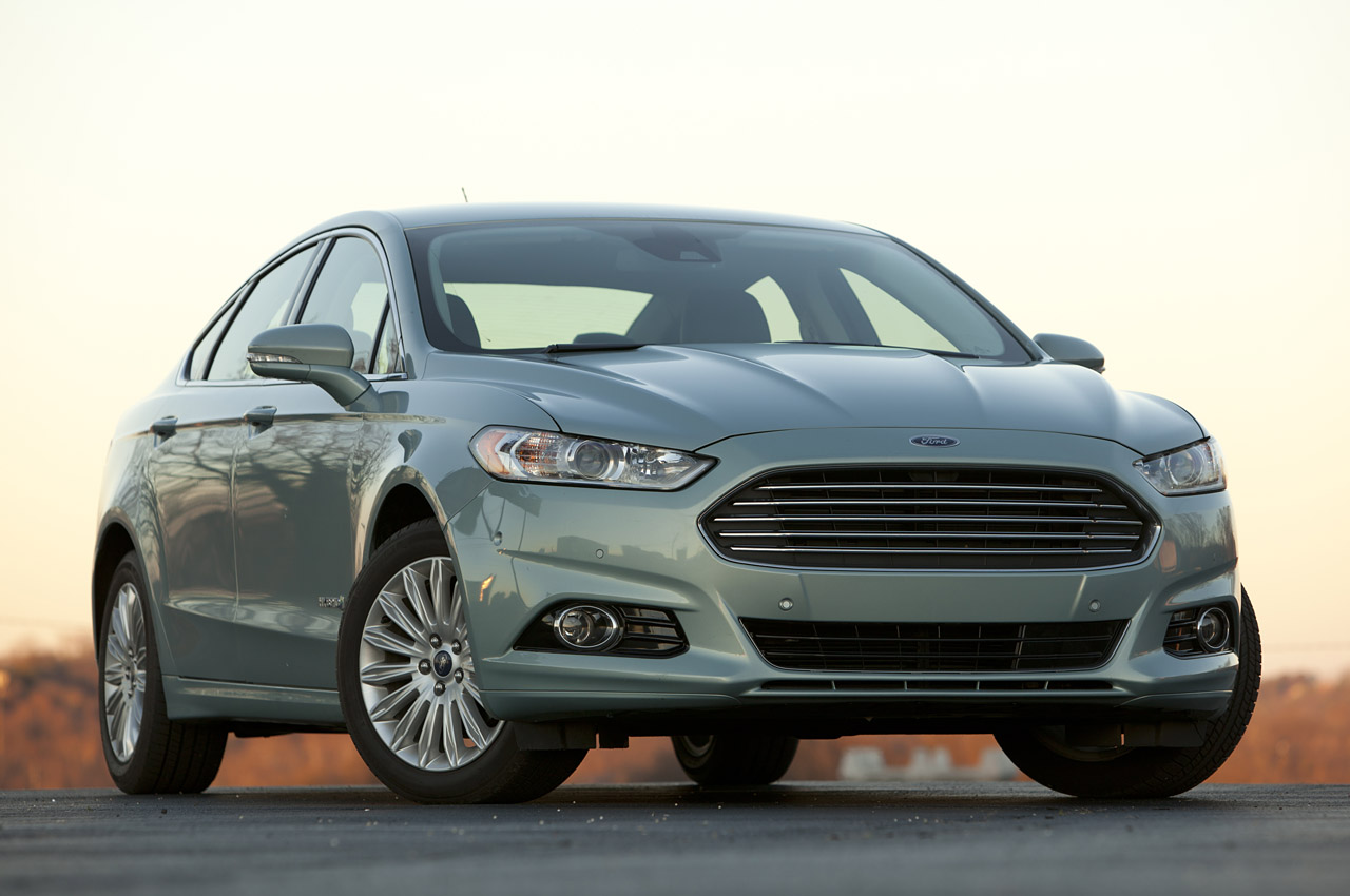 2013 ford fusion review video. Black Bedroom Furniture Sets. Home Design Ideas