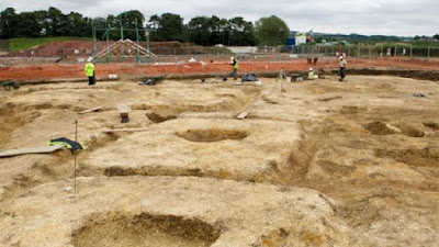 Builders uncover Iron Age village in East Yorkshire