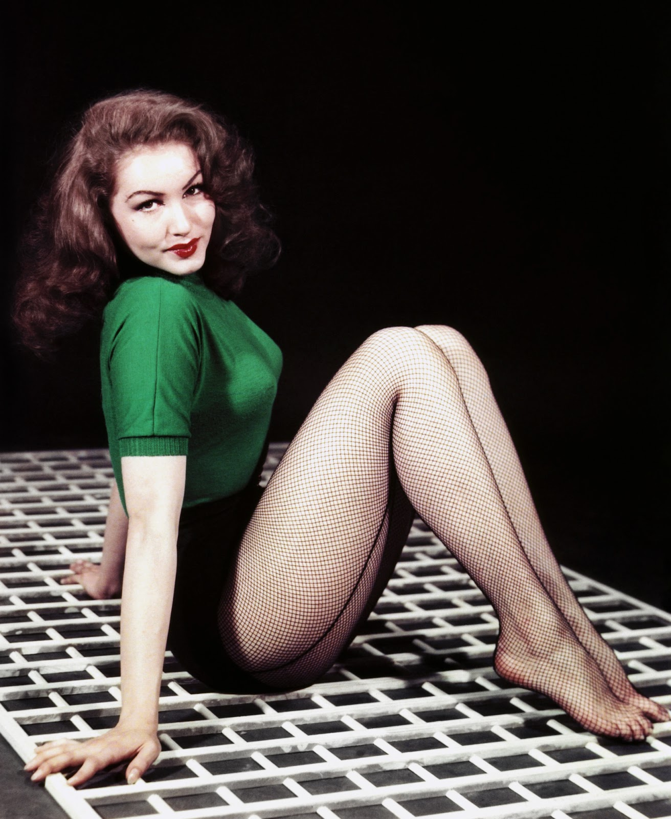 Julie newmar in pantyhose photos street blowjobs