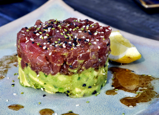 Hawaiian-Big-Eye-Tuna-Tartare-Blue-Grillhouse-Bethlehem-PA-tasteasyougo.com