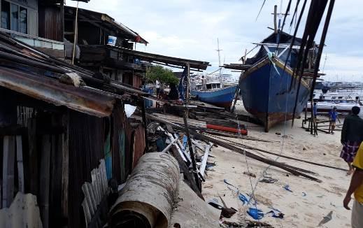 BREAKING NEWS : Pasca Gelombang Pasang, Ini Informasi, Dari Pulau Rajuni