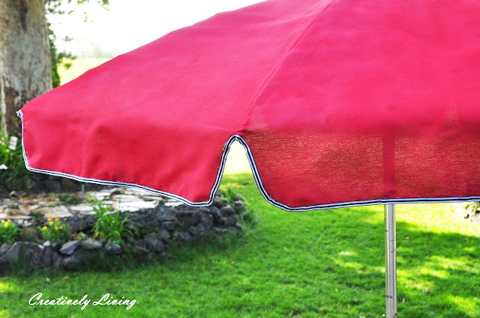 Please pin from original source at http://www.creativelylivingblog.com/2012/06/painting-your-old-umbrella.html