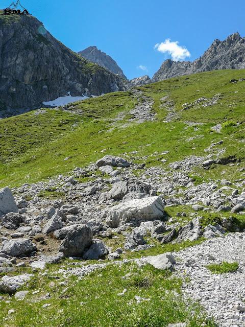 douglasshütte nenzinger-himmel-wandern livecam-brand höchster-berg-vorarlberg panüeler-kopf wetter-nenzinger-himmel