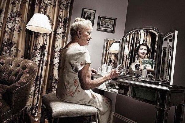 «Зеркало помнит»   Фотопроект Tom Hussey