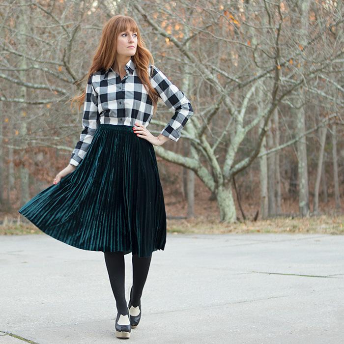 Emerald Pleated Velvet Skirt