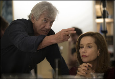 Paul Verhoeven and Isabelle Huppert on the set of Elle (18)