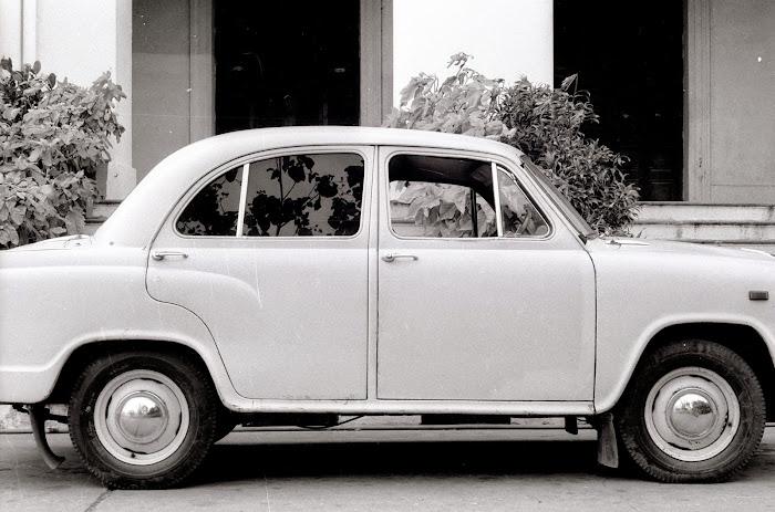 Pondichéry, Ambassador, © L. Gigout, 1990