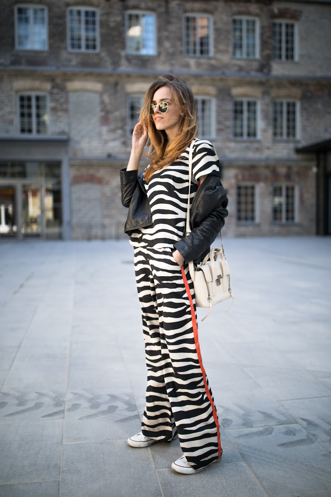pyjama trend outfit
