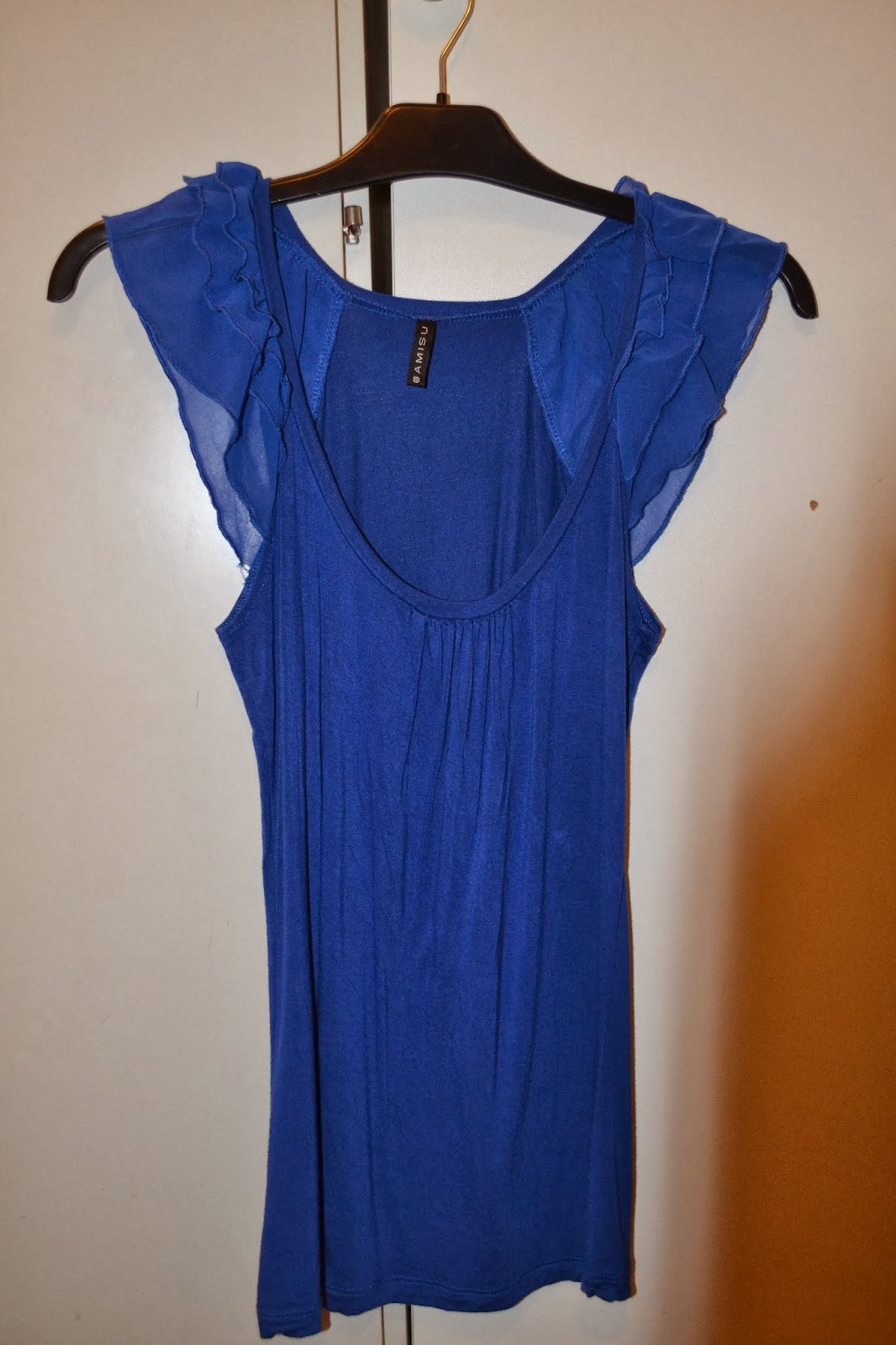7b1c836b blå tunika stl S, använd 1 gång pris 80:-