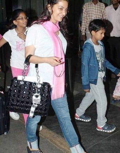 Juhi Chawla Biography Profile Age Biodata Family Husband Son